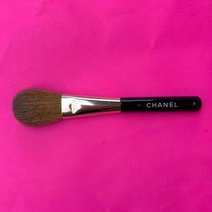 CHANEL Short Powder Brush